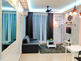 Luxury Homestay At Arc @ Austin Hill, Johor Bahru photos Exterior