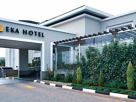 Go Into The City Have A Great Meeting Return To Enjoy The Eka Hotel Amenities photos Exterior