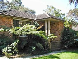 Accommodation Sydney North Frenchs Forest 3 Bedroom 1 Bathroom House photos Exterior