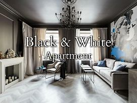 Black & White Apartment photos Exterior