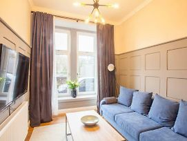 Modern And Cosy Ground Floor Flat In The West End. photos Exterior