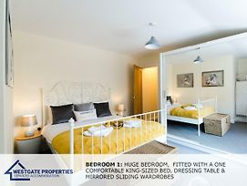 Sitwell Lodge - Scarborough Stays - 3 Bedrooms-Townhouse photos Exterior