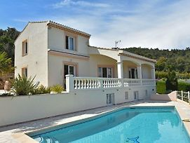 Spacious Villa In Var With Swimming Pool photos Exterior