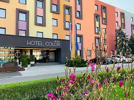 Hotel Color photos Exterior