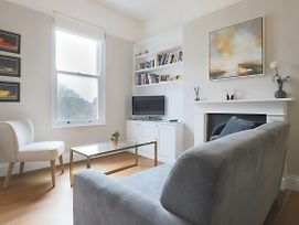 Decorated 1 Bedroom Flat In Wimbledon photos Exterior
