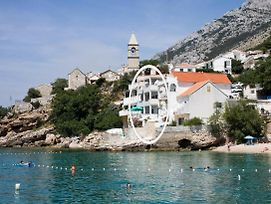 Apartments By The Sea Pisak Omis 1001 photos Exterior