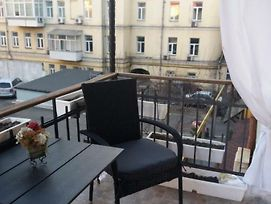 Apartment U Lidii In Center Of Kiev Near Railways Station photos Room