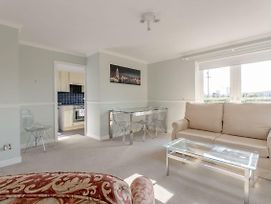 1 Bedroom Flat In Canary Wharf photos Exterior