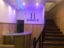 Huddle photos Exterior