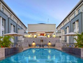 Located On Mombasa Road Eka Hotel Is Very Close To City Center photos Exterior
