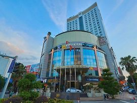 King Royal Hotel Yunfu photos Exterior