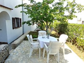 Apartments And Rooms With Parking Space Njivice, Krk - 17010 photos Exterior