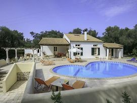 Magazia Villa Sleeps 6 Pool Air Con Wifi photos Exterior