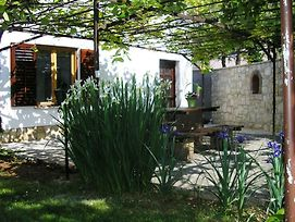 Holiday Home In Funtana With Terrace, Wifi photos Exterior