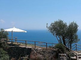 Tovere Villa Sleeps 4 Air Con Wifi photos Exterior