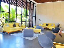Modern Department With The Best Location Skybar & Gym photos Exterior