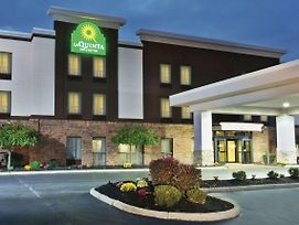 La Quinta Inn Grove City photos Exterior
