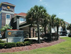 La Quinta Inn & Suites Baton Rouge Denham Springs photos Exterior