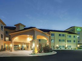 La Quinta Inn & Suites By Wyndham Verona photos Exterior