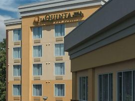 La Quinta Inn & Suites By Wyndham Lynchburg At Liberty Univ. photos Exterior