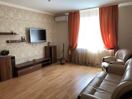 Comfortable Two Room Apartment Near The Bus Station photos Exterior
