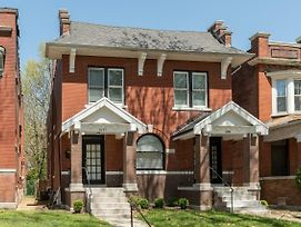 Upscale, Historical Home In Heart Of Stl photos Exterior