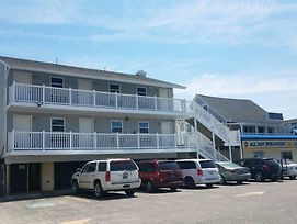 Atlantic Breeze Motel & Apartments photos Exterior