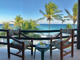 Beachfront Hammock Heaven photos Exterior