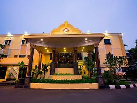 Bi Executive Hotel Mangga Dua photos Exterior