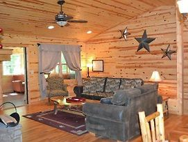 Apple Dumpling 4 Bedrooms 4 Bathrooms Cabin photos Exterior