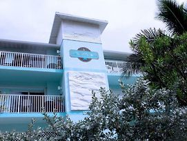 The Anna Maria Island Beach Castle 2 Bedroom Condo By Redawning photos Exterior