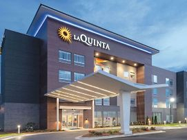 La Quinta Inn & Suites By Wyndham Opelika Auburn photos Exterior