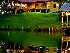 Lake House Santa Teresa - Only 40 Min Away From Arenal Volcano photos Exterior