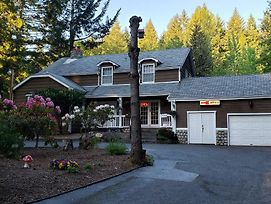 Malahat Bungalows Motel photos Exterior