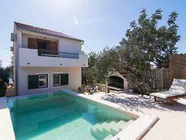Ctdm191 Holiday House With A Private Pool On Small Island Drvenik Mali Trogir Up To 11 Persons 4 Bedrooms Wi Fi Ac photos Exterior
