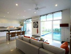 Two Villas Holiday Oxygen Style Nai Harn Beach photos Exterior