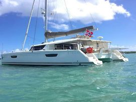 Saba 50 Crewed Catamaran photos Exterior