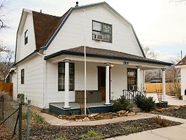 Pluto By City Nights 2 Bed 1 Bath With Yard 420 Pet Friendly photos Exterior