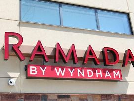 Ramada By Wyndham Bronx Terminal photos Exterior