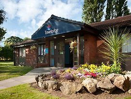 Travelodge Wirral Eastham photos Exterior