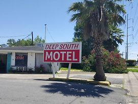 Deep South Motel photos Exterior