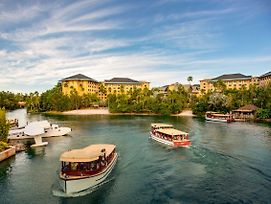 Universal'S Loews Royal Pacific Resort photos Exterior