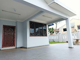 Mewah Ria Corner Double Storey Up To 14 Guests photos Exterior