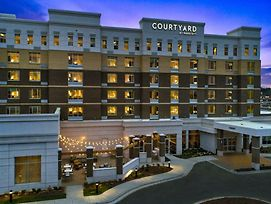 Courtyard By Marriott Raleigh Cary/Parkside Town Commons photos Exterior