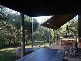 Ama-Zing African Safaris Lodge photos Exterior