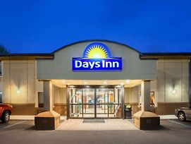 Days Inn By Wyndham Iselin / Woodbridge photos Exterior
