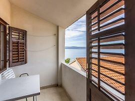 Apartments By The Sea Stanici 3064 photos Exterior