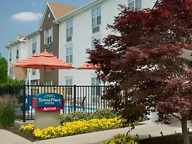 Towneplace Suites By Marriott Greensboro Coliseum Area photos Exterior