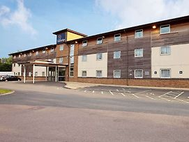 Travelodge Tewkesbury photos Exterior