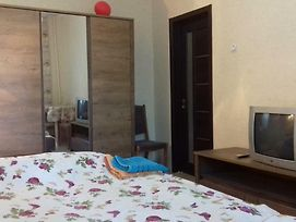 1-Room Apartment @Teremky Metro Station With Wifi photos Exterior